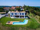 villa-zumesco-istria_tmb_1